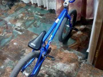 For Sale: Mongoose BMX legion 20