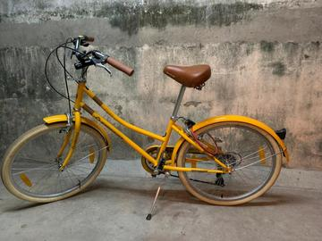 For Sale: Firefox Glitz 24, geared cycle