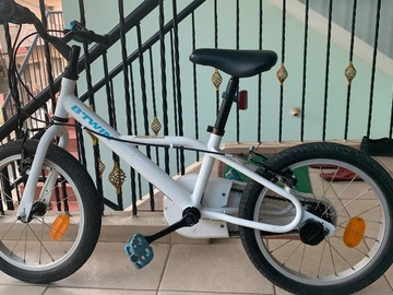 For Sale: Dechatlon Kids cycle age 4- 6 years
