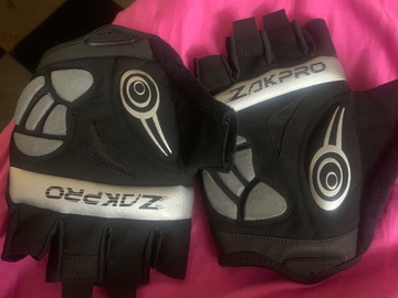 For Sale: Zakpro cycling gloves (new unused ..)XL size