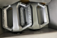 For Sale: Shimano PD EF202 Flat Pedals (Silver)