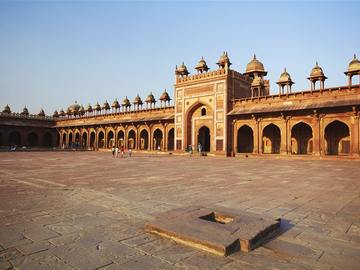 Events: Shah Jahan Cycling Tour: Explore Delhi's Mughal Connect
