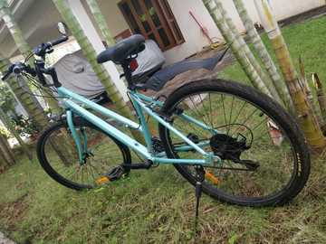 For Sale: Mach City i Bike 21 Speed Cycle (Ladies)