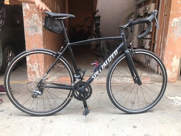 For Sale: Specialized roadie with carbon fork size 54cm hardly rode