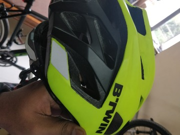 For Sale: Btwin 500 Helmet