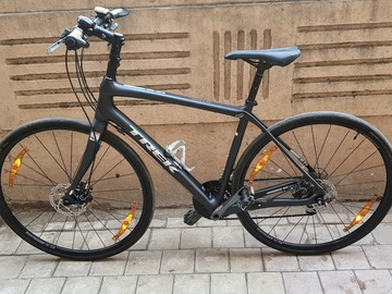 For Sale: TREK FX Sport 5 (2017) Carbon Fibre