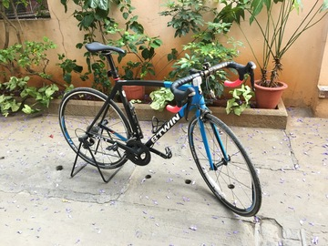 For Sale: B'TWIN Ultra 700 AL Road Bike