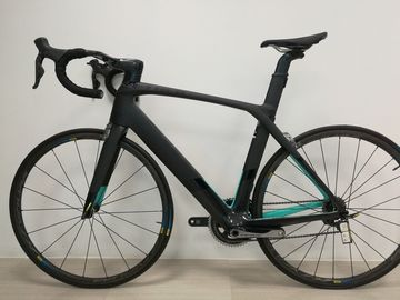For Sale: Trek Madone 9.2 56 Dura Ace Di2 Mavic Ksyrium Carbon Bikes