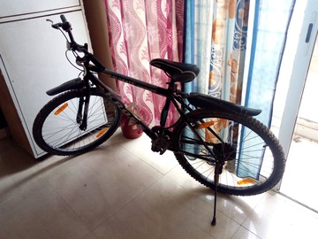 For Sale: kross cycle, orignal new price 7k
