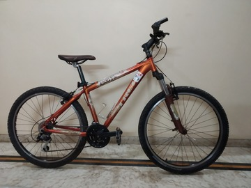 For Sale: Trek 4300 for sale