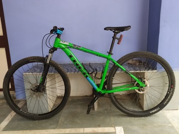 For Sale: Trek marlin 5 (18) with bonus items