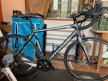 For Sale: Cannondale synapse road bike