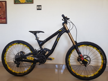For Sale: Polygon Collosus DHX